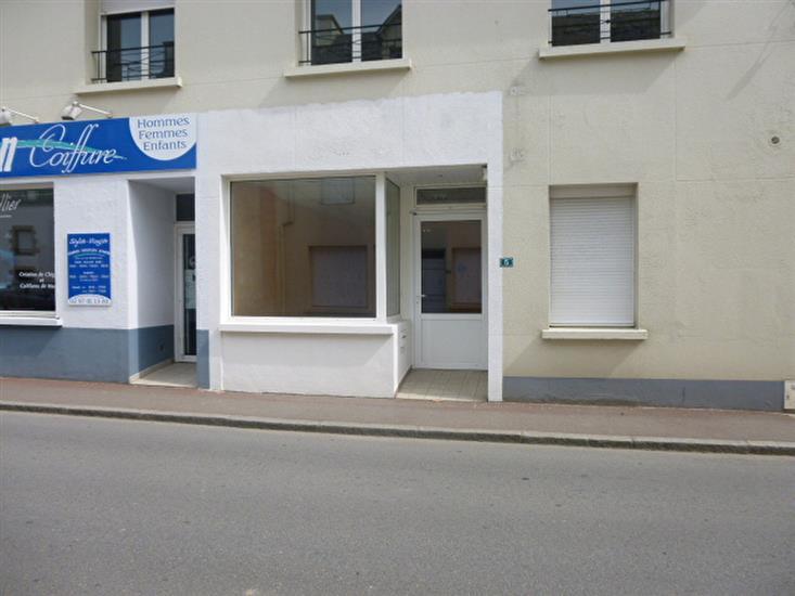 A LOUER - Local commercial Centre Ville AMBON